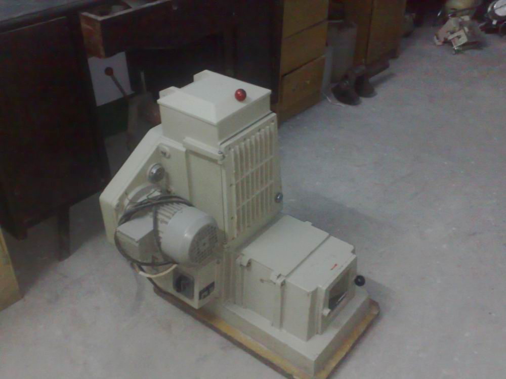 Flour Mill Lab Mill Junior made By Germany Brabender
